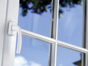 Заміна ручок для пластикових вікон
